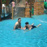 Sacha, Meaty, pool